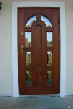 11Olimpia_2_drzwi_zewnetrze