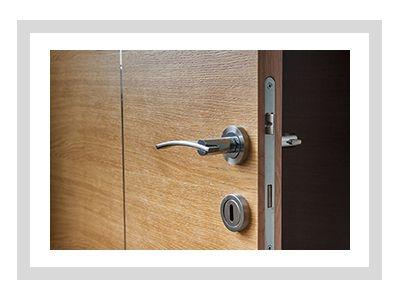 drzwi-techniczne-prezentacja-min